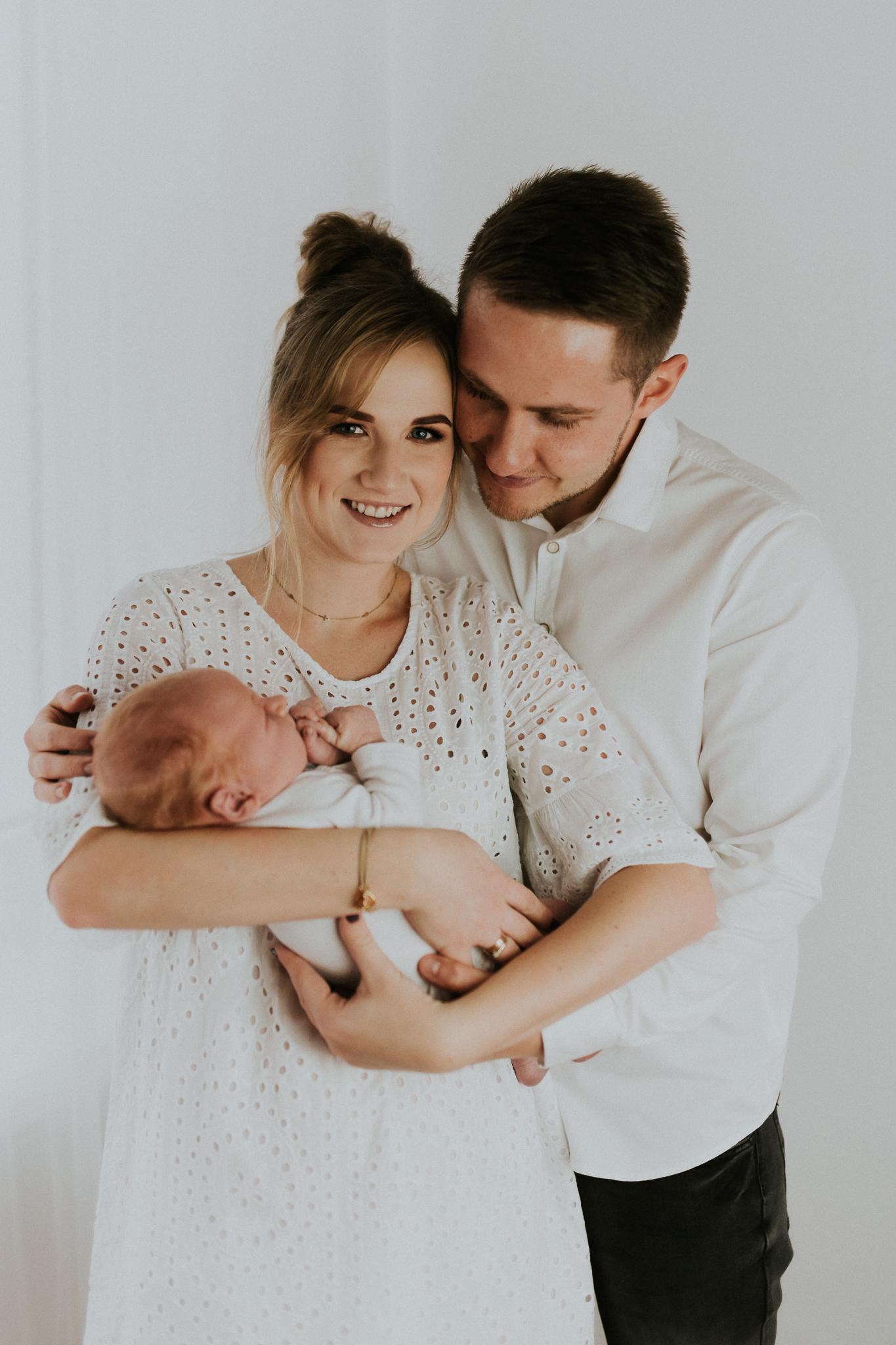 Sesja noworodkowa rodzinna Tymon Monika i Mateusz NET-21