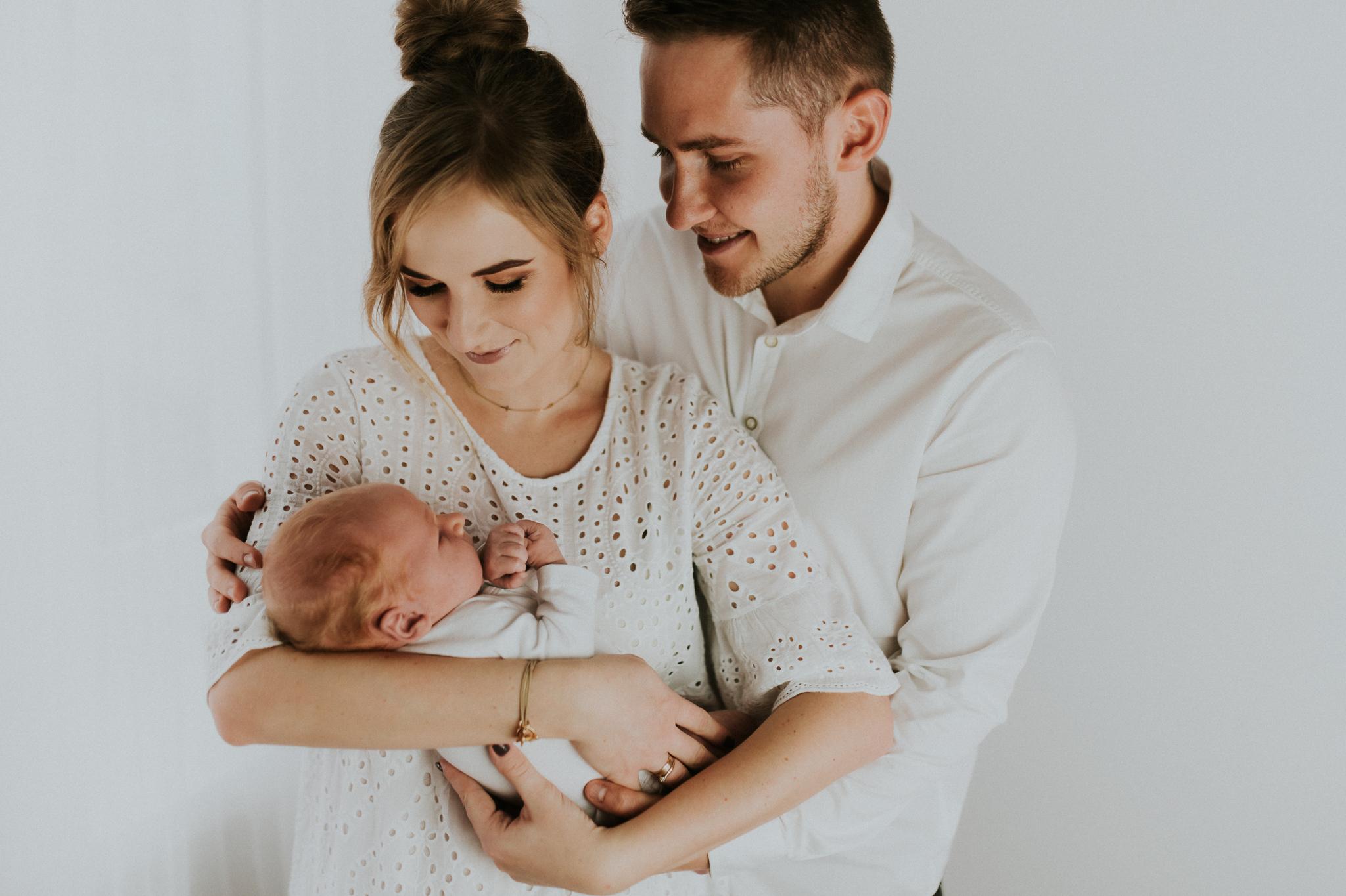 Sesja noworodkowa rodzinna Tymon Monika i Mateusz NET-23