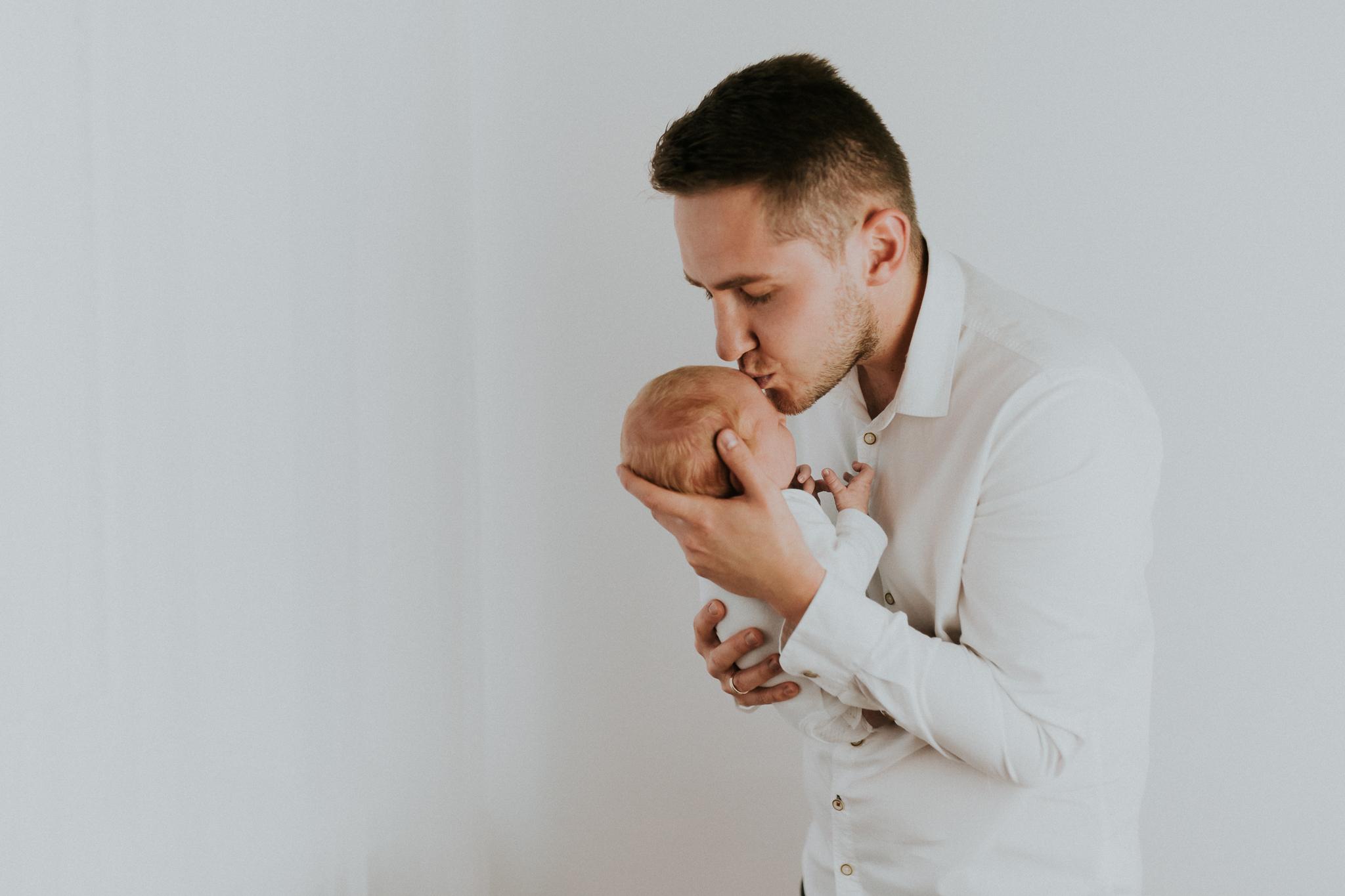Sesja noworodkowa rodzinna Tymon Monika i Mateusz NET-39
