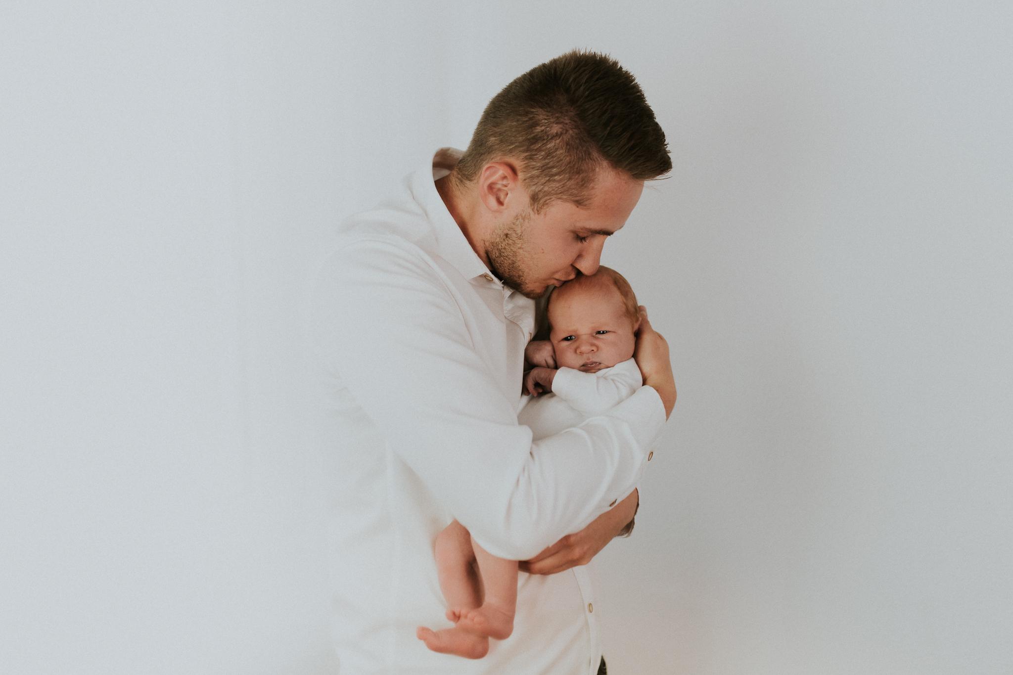 Sesja noworodkowa rodzinna Tymon Monika i Mateusz NET-49